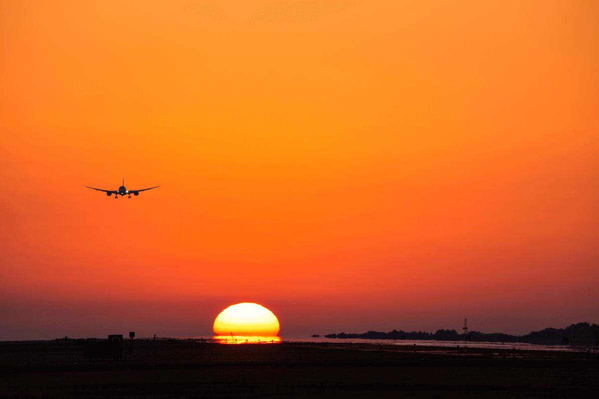 熊本空港 夕陽 飛行機撮影