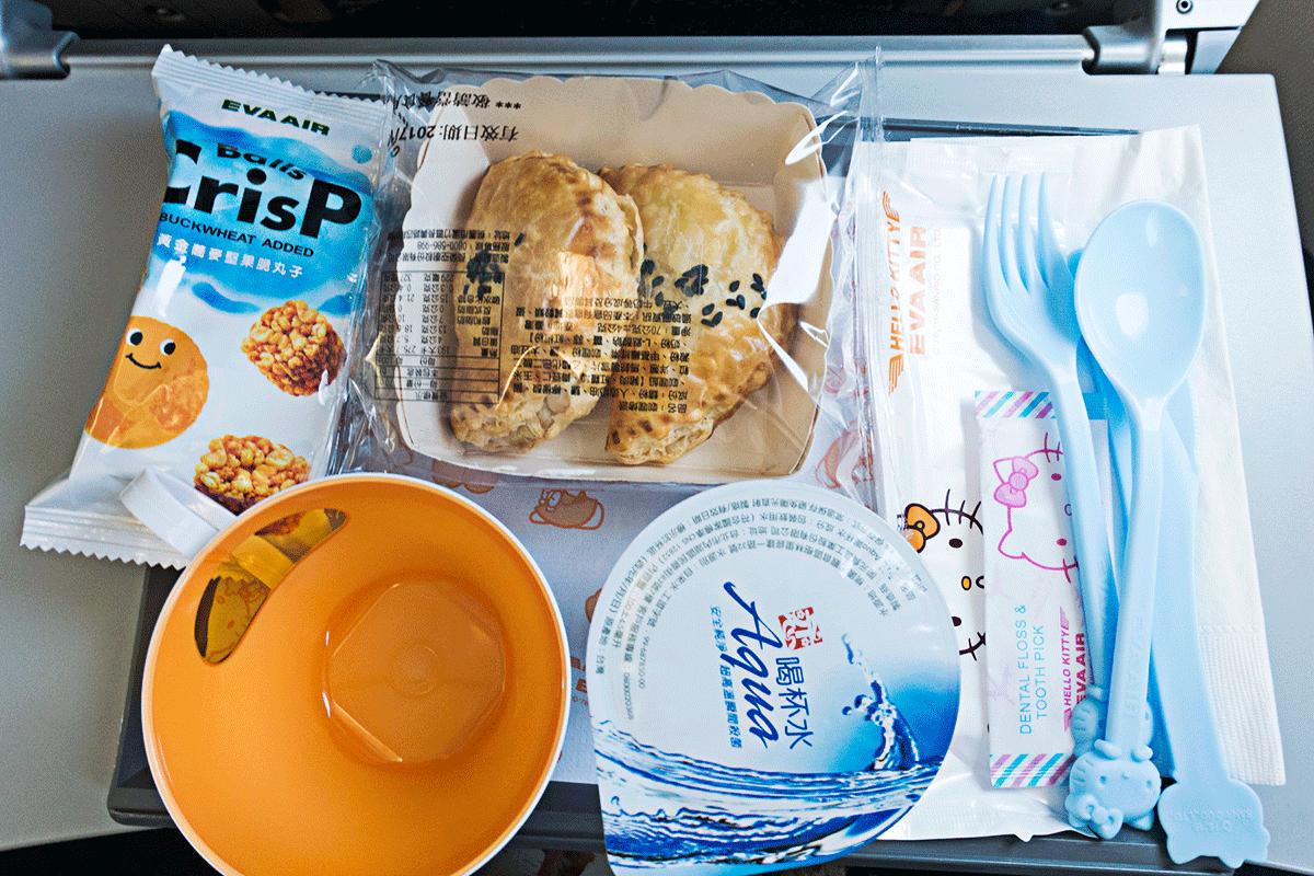 エバー航空 BR113 A321-200 那覇ー台北 機内食