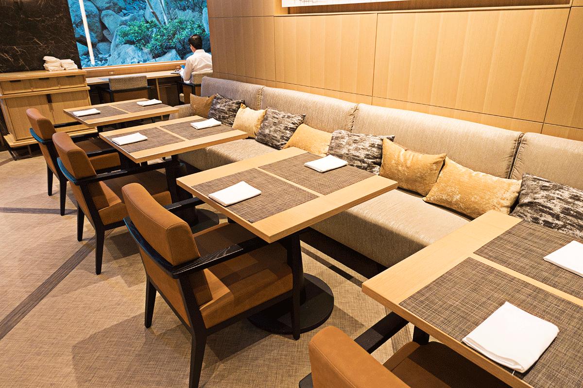 ザ・プリンスさくらタワー東京ラウンジのソファー席