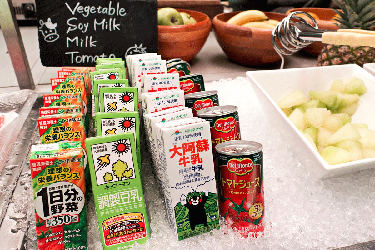 コートヤード・マリオット銀座東武ホテル ラウンジ 牛乳