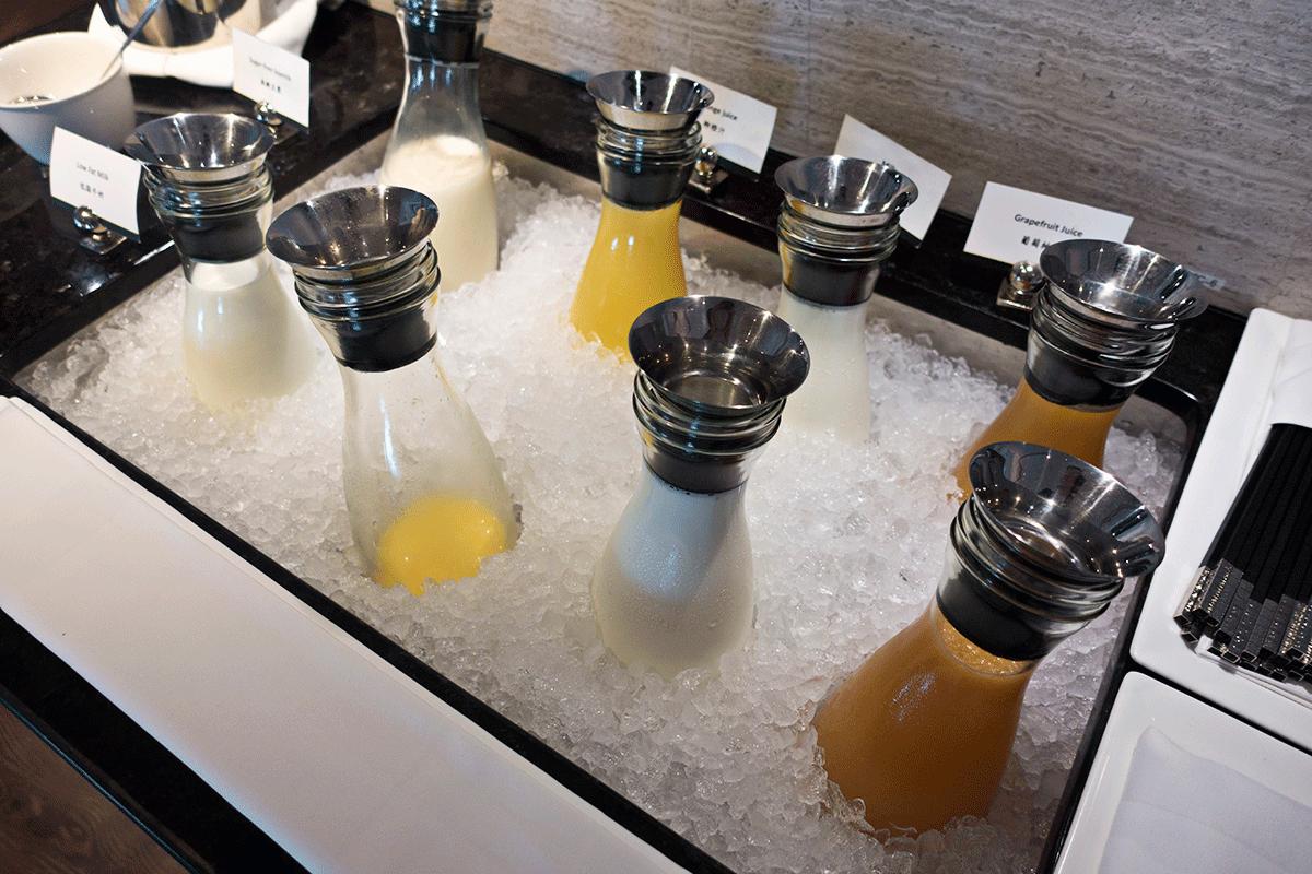 台北マリオットホテルのエグゼクティブラウンジで無料朝食特典 ドリンク