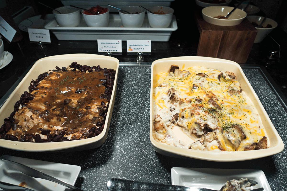 台北マリオットホテルのエグゼクティブラウンジで無料朝食特典 ホットミール