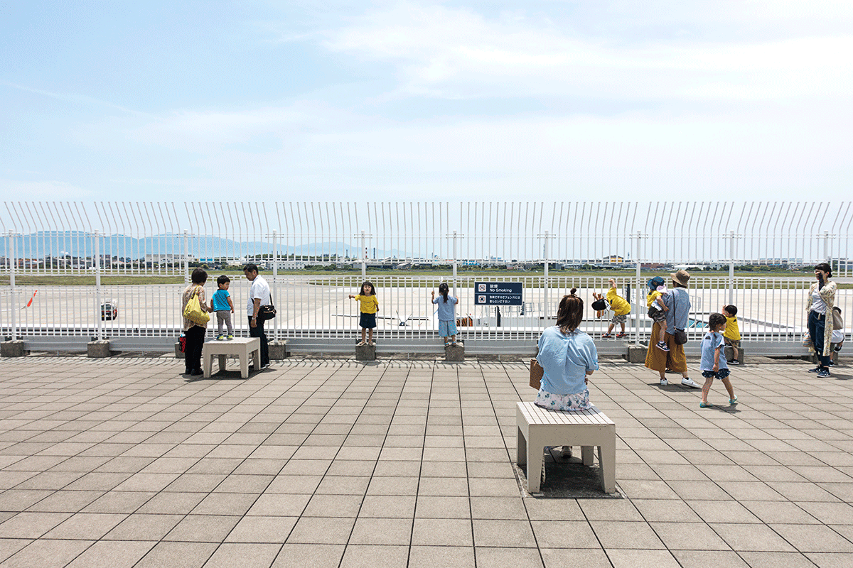 松山空港ANAラウンジのデッキ
