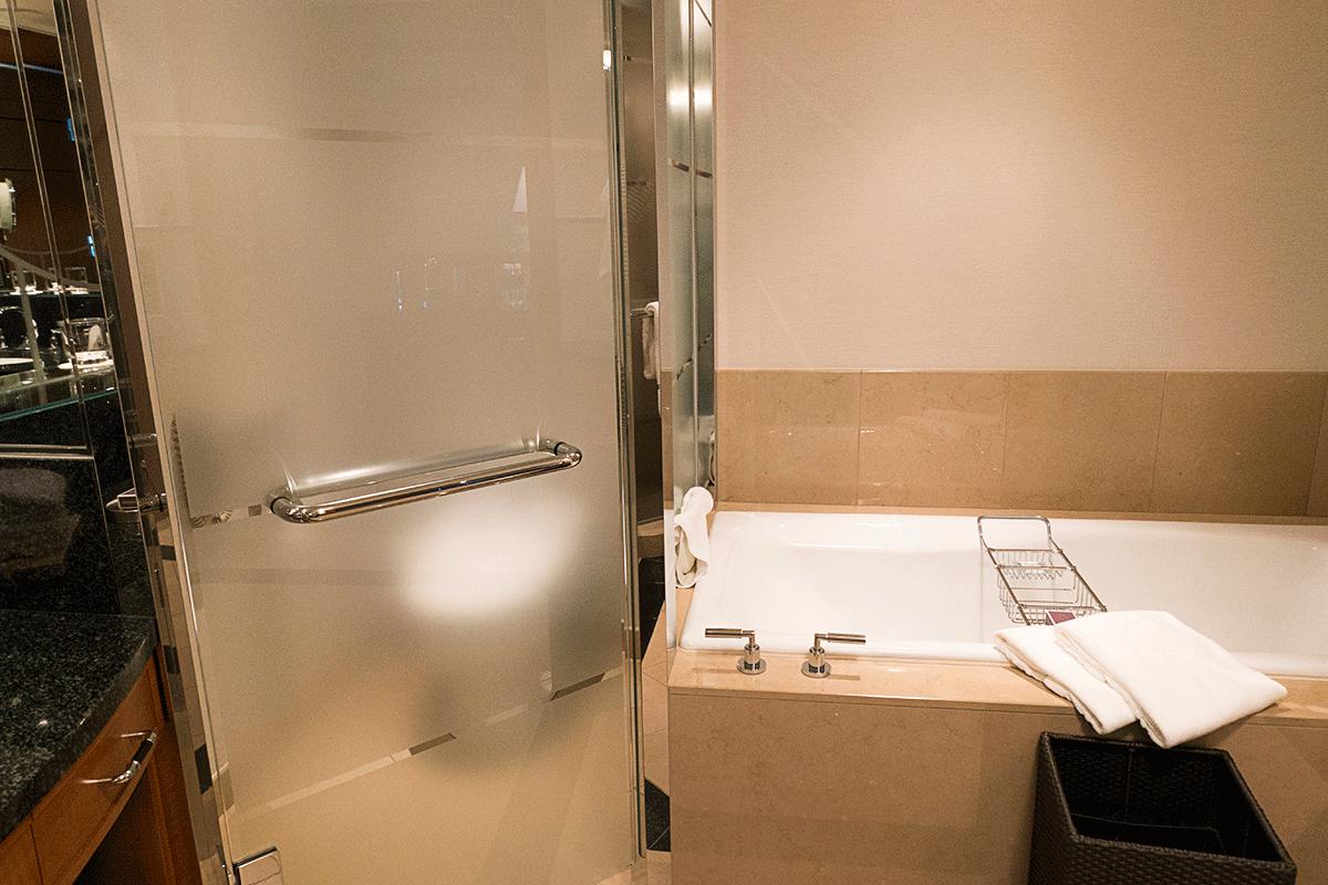 ザ・リッツ・カールトン東京バスルーム