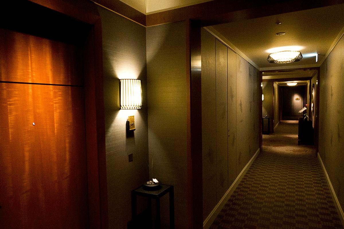ザ・リッツ・カールトン東京53階の廊下
