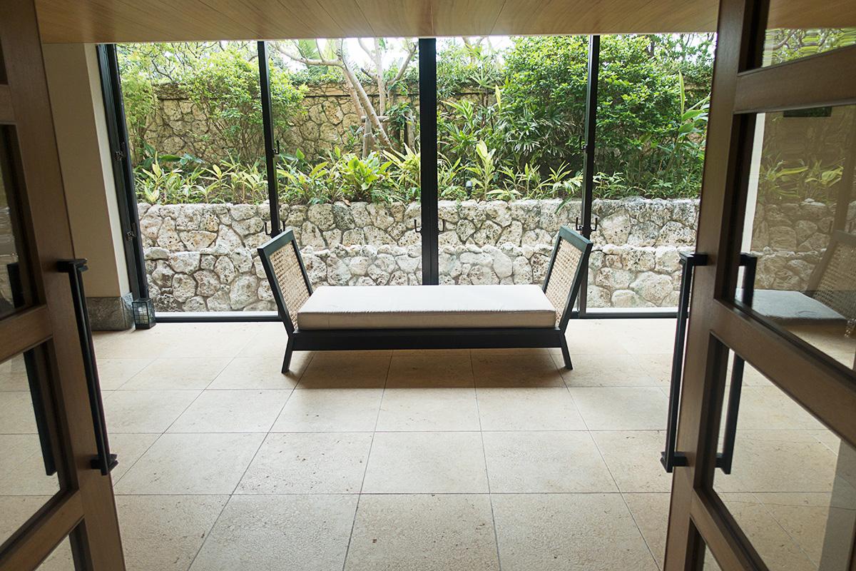 ザ・リッツ・カールトン沖縄の廊下