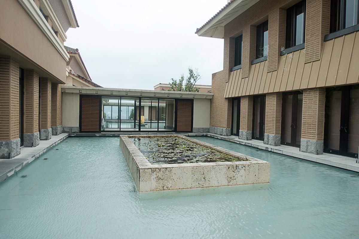 ザ・リッツ・カールトン沖縄の中庭