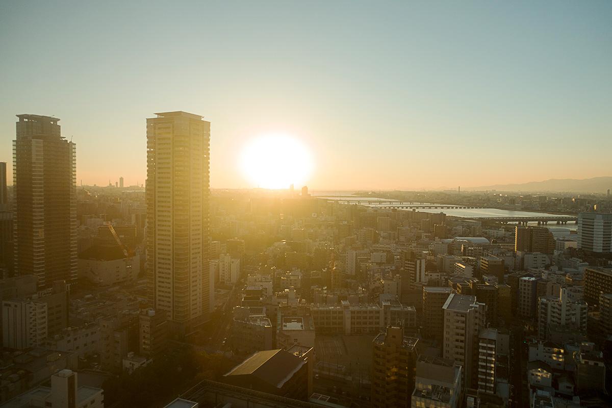 ウェスティンホテル大阪エグゼクティブルームからの夕日