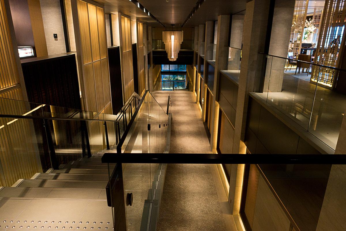 ザ・リッツ・カールトン京都の階段