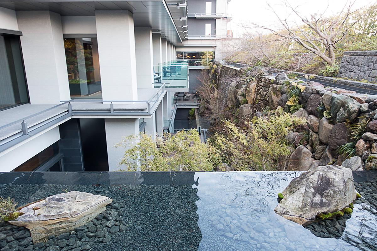 ザ・リッツ・カールトン京都のエントランスからの眺め