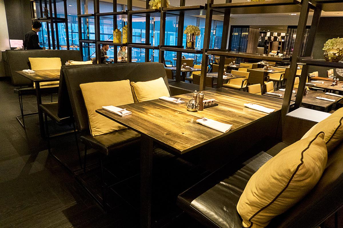 JWマリオット香港ラウンジのテーブル