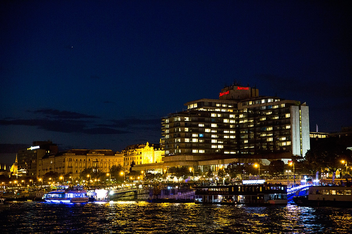 ブダペスト・マリオット・ホテル宿泊記!ドナウの真珠 ブダペストの夜景が一望できる部屋にアップグレード