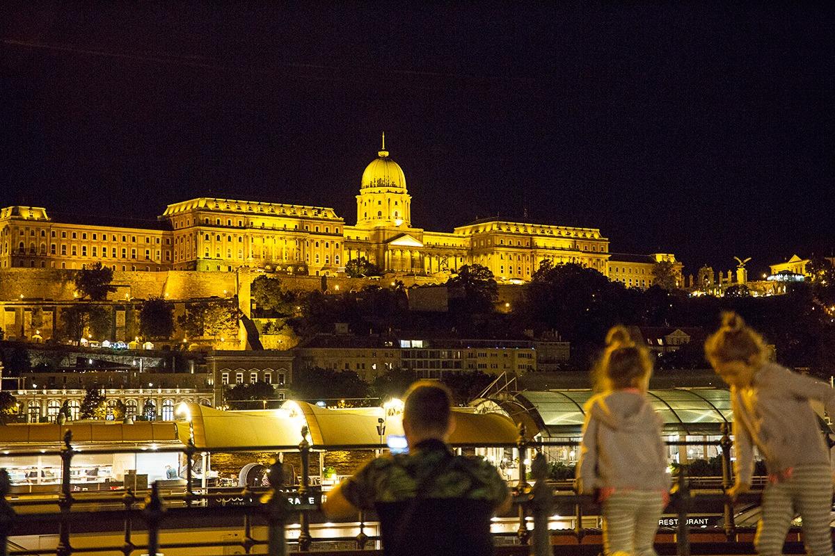 ブダペストのナイトクルーズ