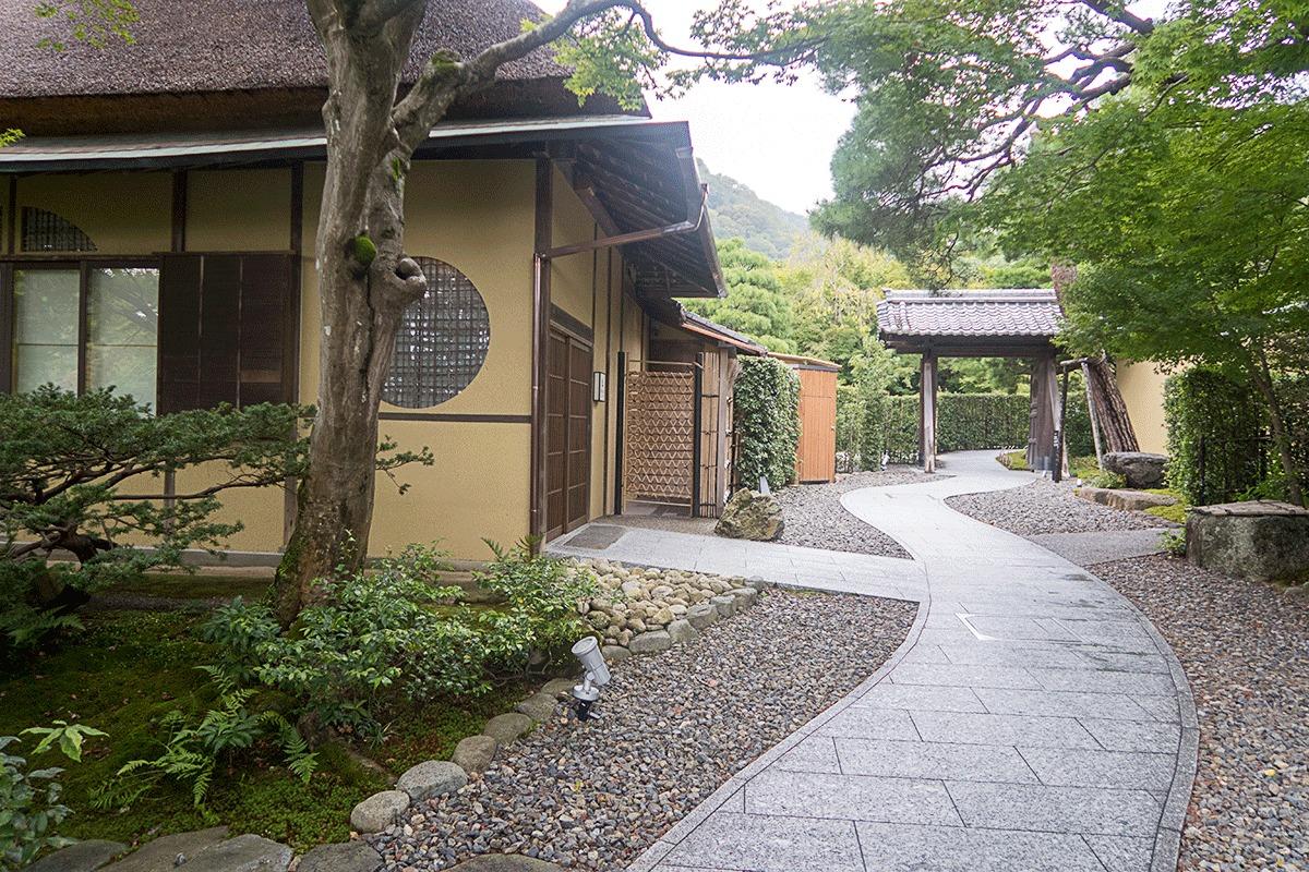翠嵐ラグジュアリーコレクションホテル京都の茶寮「八翠」