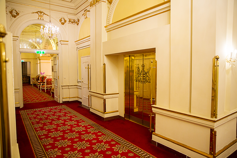 ホテルインペリアルウィーンの廊下