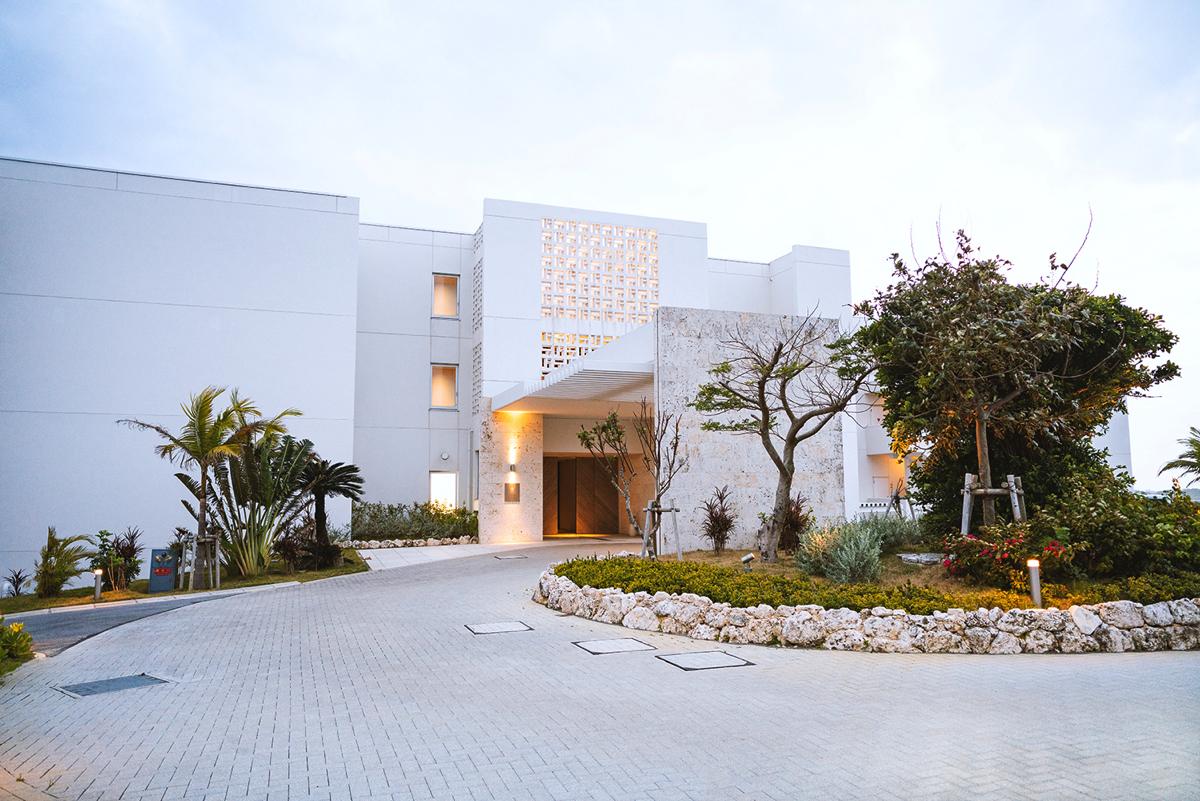 イラフSUIラグジュアリーコレクションホテル沖縄宮古にチェックイン