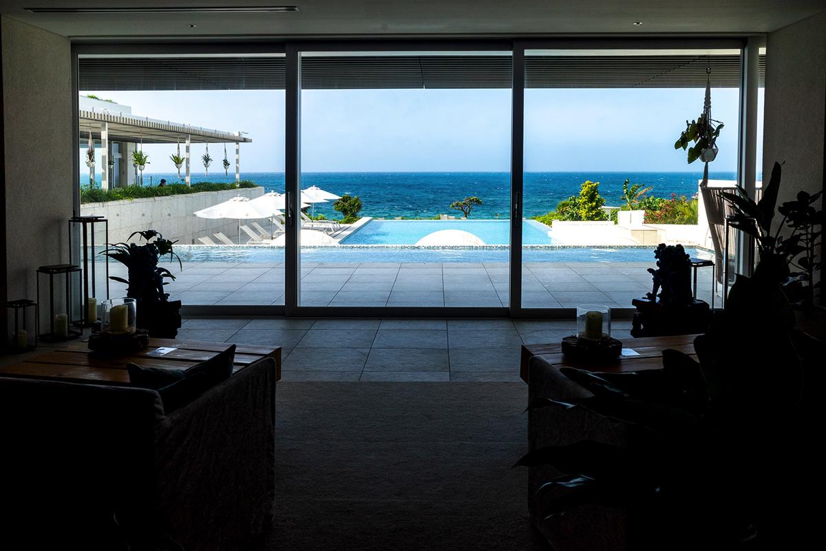 イラフSUIラグジュアリーコレクションホテル沖縄宮古のインフィニティプール